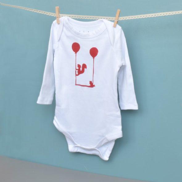 Baby-Body bedrucken mit dem DIY-Kit Bodygestaltung von ilma pallo