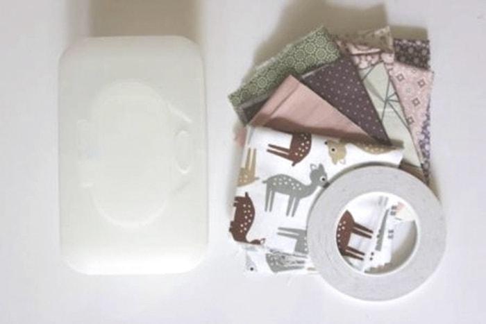 Babyspielzeug-DIY leere Feuchttücherbox,Stoffreste,beidseitiges Klebeband